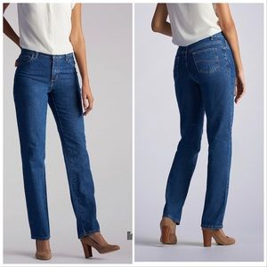 Lee Relaxed Fit 🛩 blue jeans size 10P